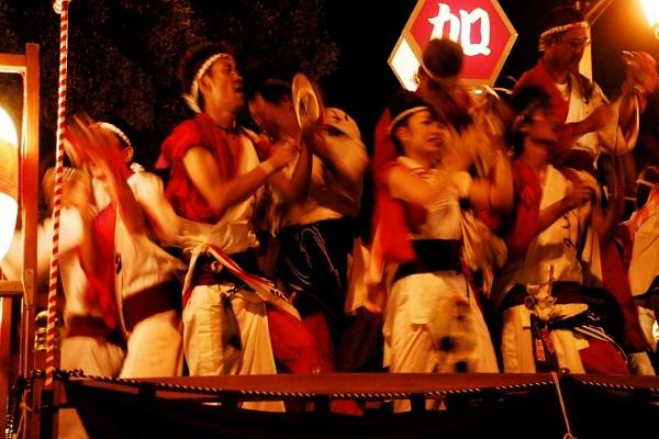 毎年8⽉15・16・17⽇は三嶋大祭り